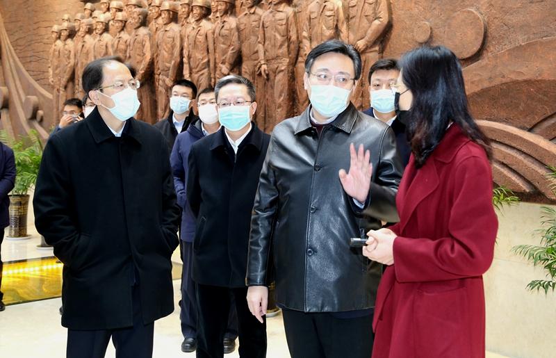 烟台市委副书记、市长陈飞到公司视察复工复产和疫情防控工作